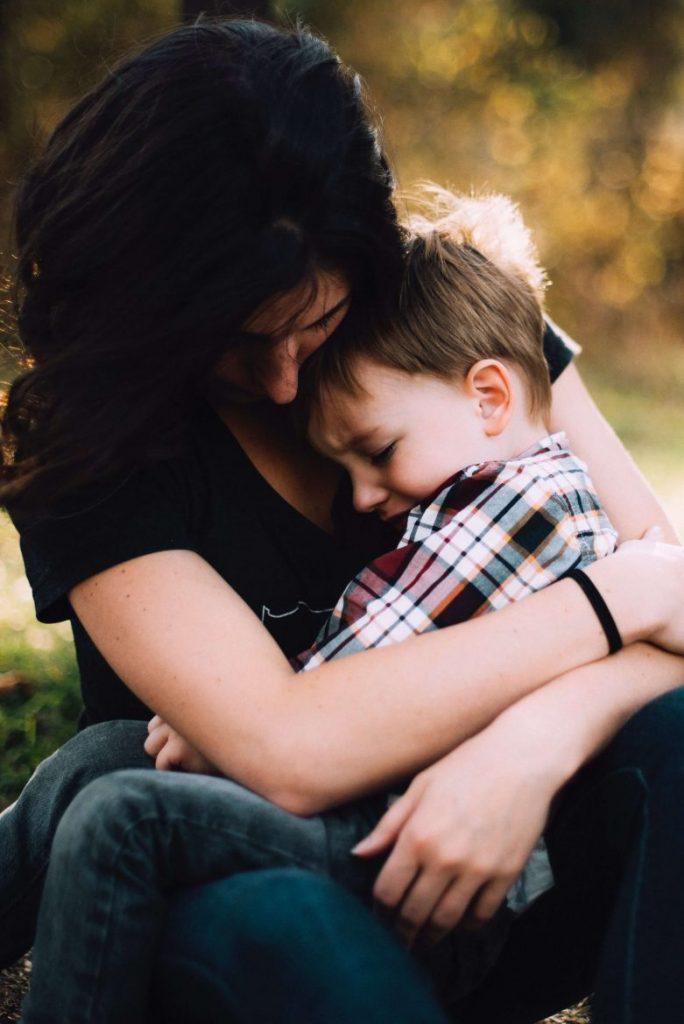 extended breastfeeding toddler on mummy's lap