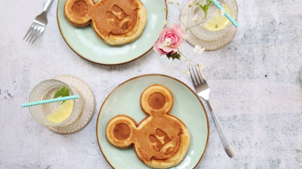 vacation ideas for families - disney food